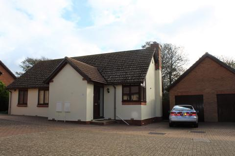 3 bedroom detached bungalow for sale - Connaught Gardens, Weymouth