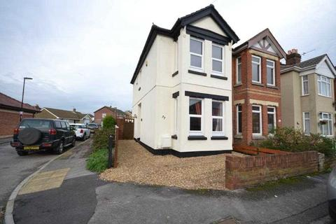 3 bedroom end of terrace house to rent - College Road, Woolston, Southampton