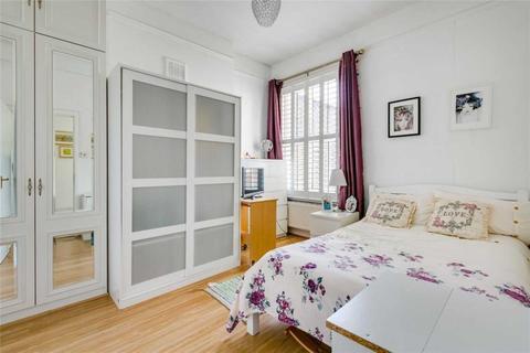3 bedroom flat to rent - Arminger Road, Shepherds Bush, W12 7BA