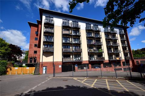 Studio to rent - Marcus House, New North Road, Exeter, Devon, EX4