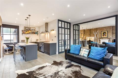 3 bedroom maisonette for sale - Valetta Road, Shepherds Bush, London, W3