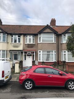 4 bedroom terraced house to rent - Kingsmead Avenue, London