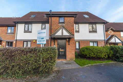 2 bedroom apartment for sale - Stirling Close, Streatham, London