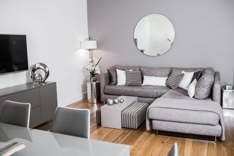 4 bedroom terraced house to rent - Fairholm Mews, Woodcroft, Edinburgh