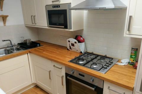 2 bedroom flat to rent - Myrtle Mews, Southville, Bristol
