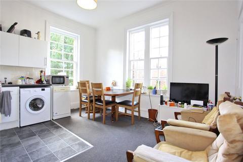 3 bedroom apartment to rent - Vartry Road, London, N15