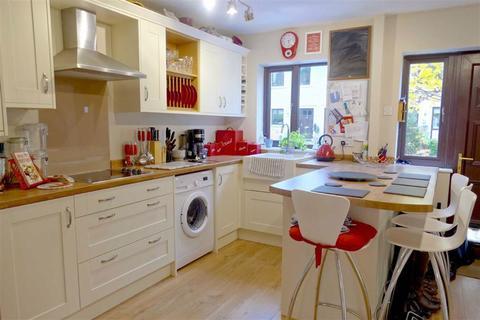 4 bedroom terraced house for sale - Oldbury Prior, Calne