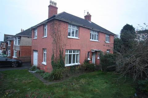 3 bedroom detached house to rent - Rodwell Road, Weymouth