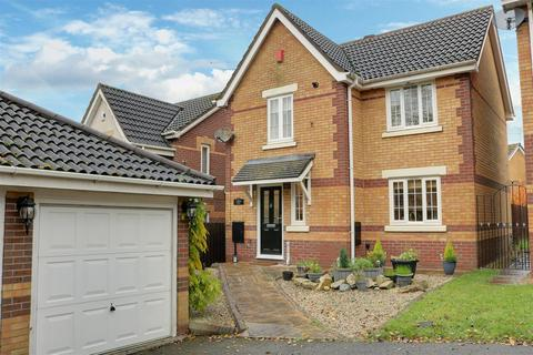 4 bedroom detached house for sale - Lapwing Road, Kidsgrove