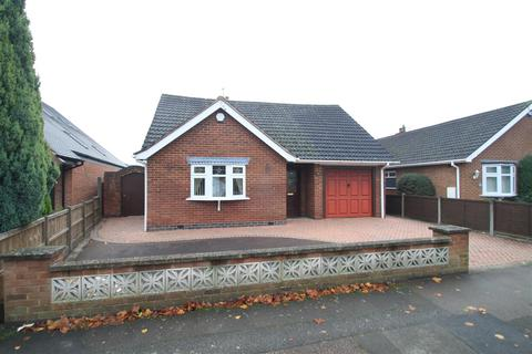 2 bedroom bungalow for sale - Greenmoor Road, Burbage