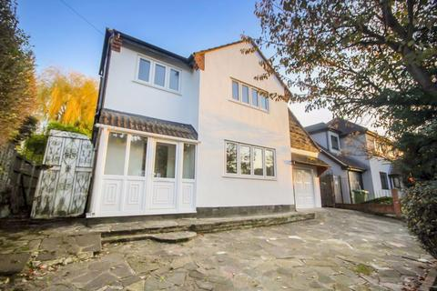 5 bedroom detached house to rent - Selwood Road, Brentwood