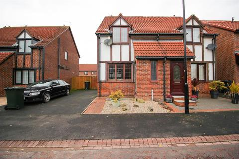 2 bedroom house for sale - Rydal Close, Killingworth, Newcastle Upon Tyne