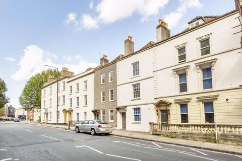 3 bedroom flat to rent - Kingsdown, St Michaels Hill