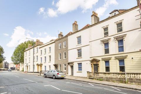 2 bedroom flat to rent - Kingsdowns, St Michaels Hill