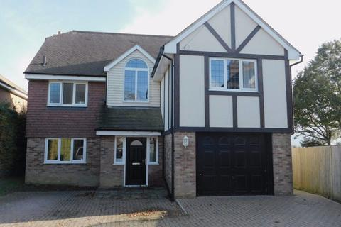 6 bedroom property to rent - Kiln Close, The Drive, Hellingly, Hailsham, BN27 4EJ