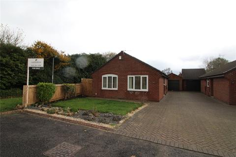 3 bedroom bungalow for sale - Galfrid Close, Dalton Heights, SR7