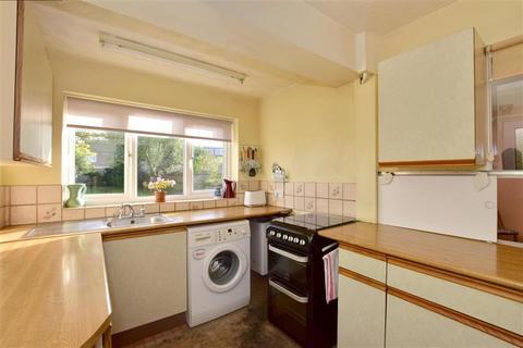 3 bedroom semi-detached house for sale - Brookmead, Hildenborough, Tonbridge, Kent