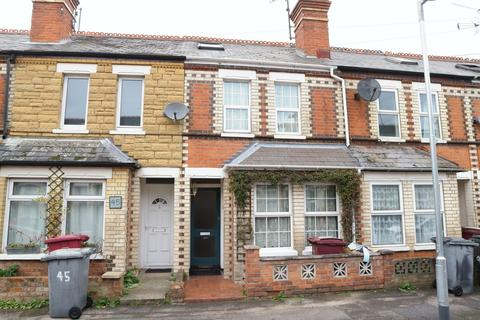 3 bedroom terraced house to rent - Pitcroft Avenue, Reading