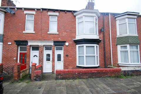 2 bedroom flat for sale - Armstrong Terrace, South Shields