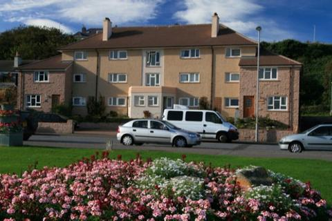 2 bedroom flat to rent - Beach View Apartments, 10 Clifton Road, Lossiemouth