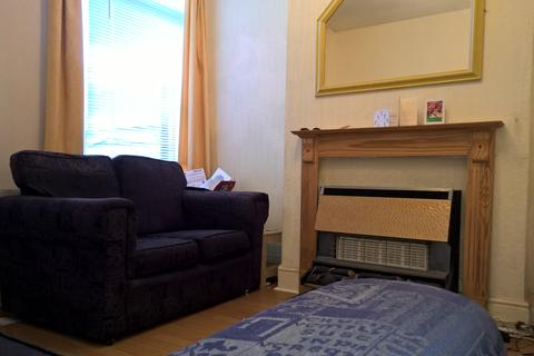 3 bedroom property to rent - Spacious 2 bed terrace - available 2020-21 Academic Year!