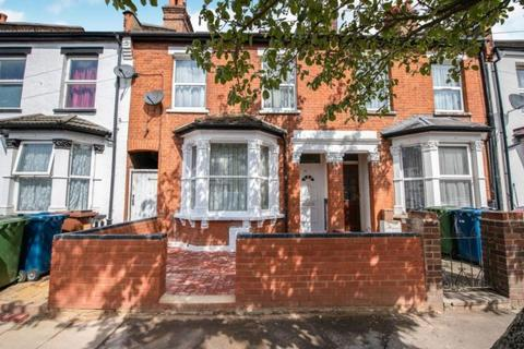 4 bedroom terraced house for sale -  Wellington Road,  Harrow, HA3