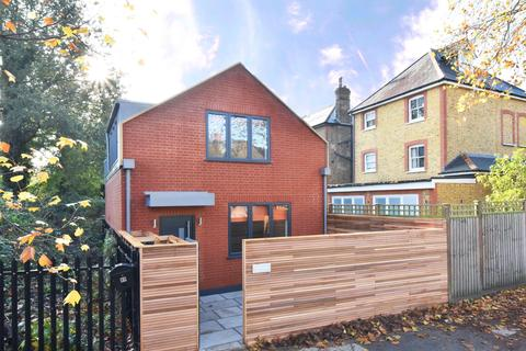 2 bedroom detached house for sale - Turney Road