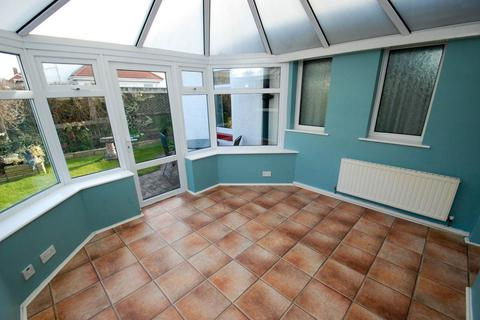 3 bedroom bungalow for sale - St Peters Avenue, South Shields