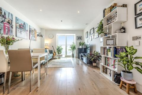 1 bedroom flat for sale - St. Luke's Avenue, Clapham