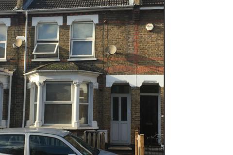 1 bedroom house share to rent - Davidson Road, Croydon, Surrey, CR06DN