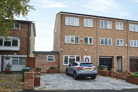 3 bedroom townhouse to rent - Fairby Road Lee SE12