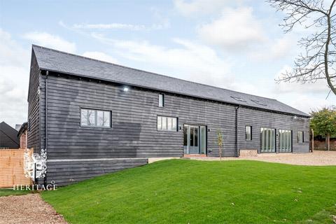 5 bedroom barn conversion for sale - Jenkins Farm, Kings Lane, Stisted, Essex