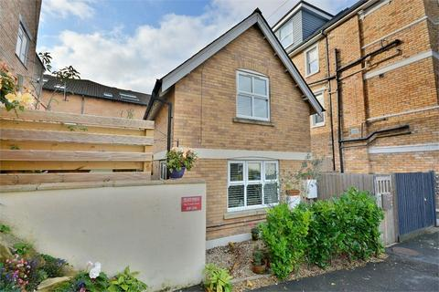 2 bedroom detached house for sale - Tregonwell Road, Bournemouth, Dorset