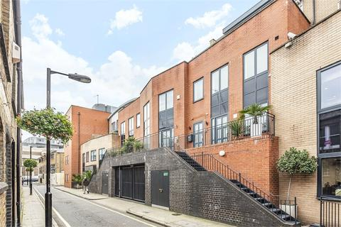3 bedroom terraced house for sale - Risborough Street, London, SE1