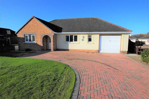 3 bedroom detached bungalow for sale - 69 Gibbas Way, Off Upper Lamphey Road