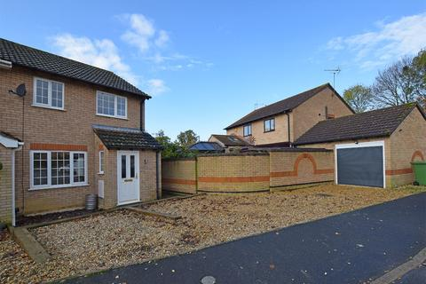 3 bedroom semi-detached house for sale - Templemead