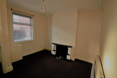 2 bedroom terraced house to rent - Drummond Avenue, Layton