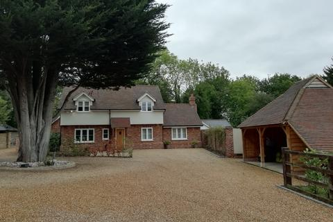 4 bedroom detached house to rent - Main Road, Margaretting, Essex, CM4