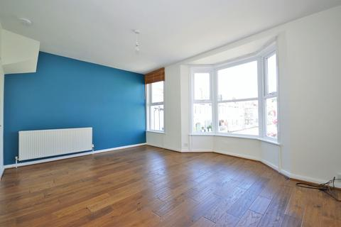 2 bedroom maisonette to rent - Connaught Terrace, Hove