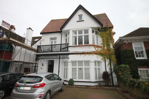 2 bedroom ground floor flat for sale - Preston Road, Westcliff-on-Sea