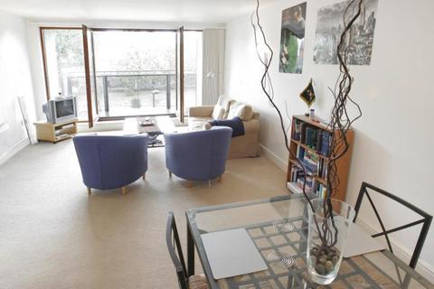 2 bedroom apartment to rent - Adler Street, Aldgate East, London, E1