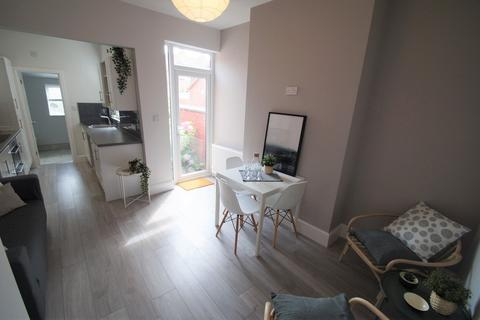 3 bedroom semi-detached house to rent - Richmond Street, Coventry, CV2 4HY