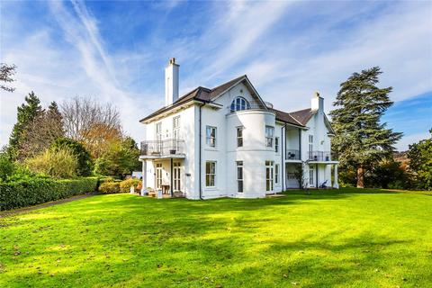 2 bedroom apartment for sale - Castle Keep, London Road, Reigate, Surrey, RH2