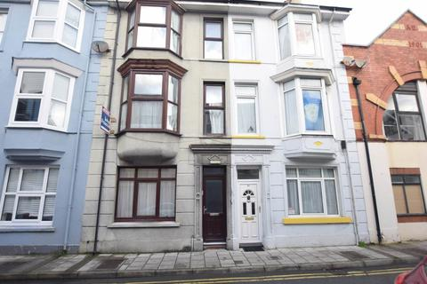4 bedroom house to rent - Top Floor Flat, 62 Cambrian Street, Aberystwyth, Ceredigion