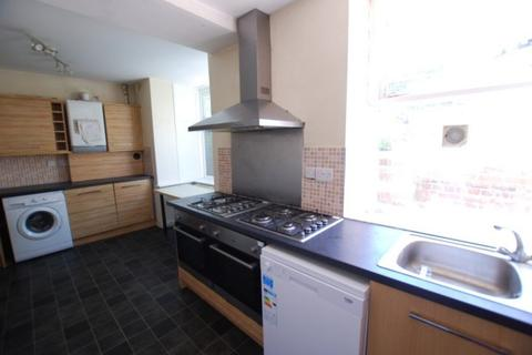 7 bedroom semi-detached house to rent - Western Road, Crookes