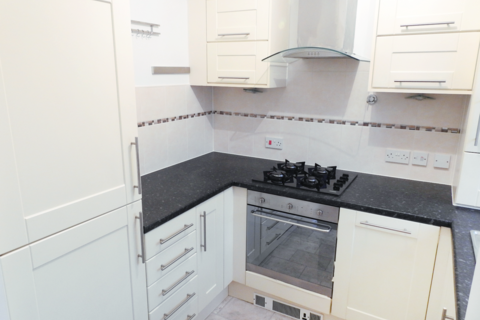 2 bedroom terraced house to rent - Sanderson Close, HU5
