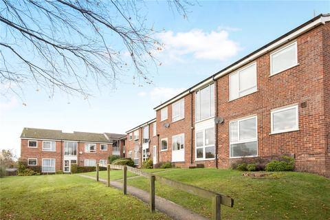 2 bedroom apartment for sale - Chiltern Park Avenue, Berkhamsted, Hertfordshire, HP4