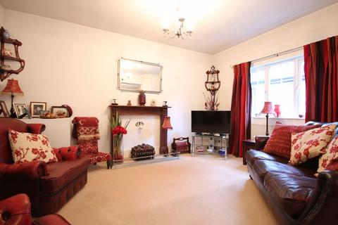3 bedroom detached house for sale - TADWORTH