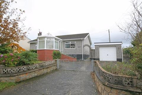 2 bedroom detached bungalow for sale - Mynydd Mechell, Anglesey