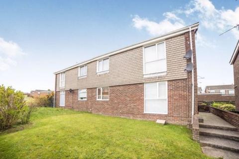 2 bedroom flat to rent - Newlyn Drive, Cramlington